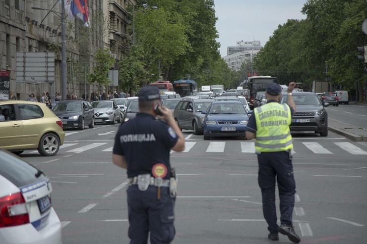 Protest ispred skupstine 050620 RAS foto Aleksandar Slavkovic20 preview