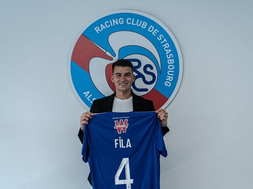 Prawy obrońca zamienił Lechię Gdańsk na RC Strasburg, 15. zespół poprzedniego sezonu francuskiej Ligue 1.