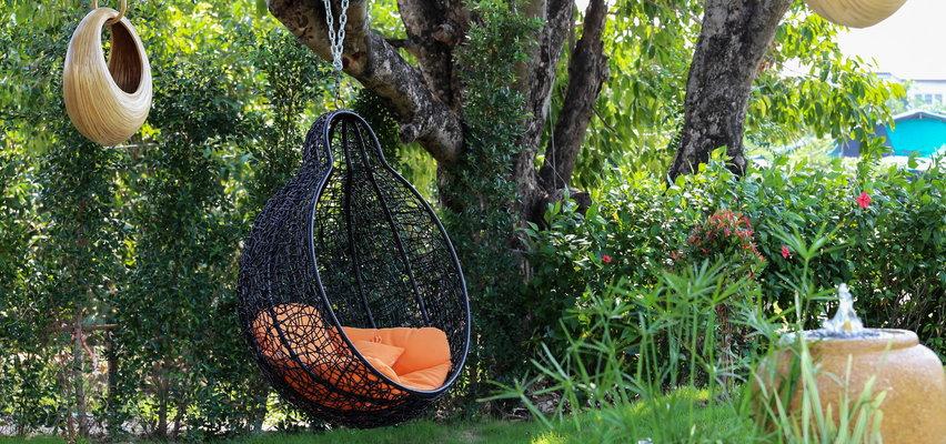 Wiszące fotele i huśtawki ogrodowe w promocyjnych cenach. Taniej nawet o 40 proc.!