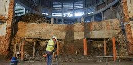 Remontowali teatr w Gdańsku a tam... Nie uwierzycie, co było pod sceną!