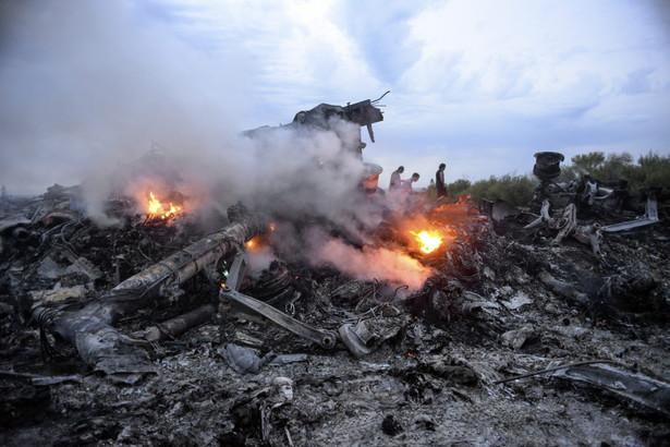Boeing malezyjskich linii lotniczych został zestrzelony nad Ukrainą EPA/ALYONA ZYKINA EPA/ALYONA ZYKINA