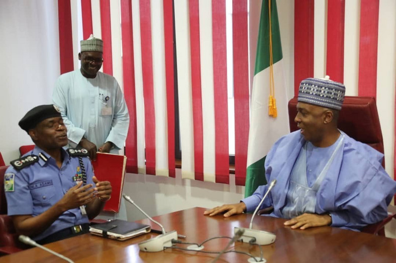 Senate President Bukola Saraki (right) met with the Inspector-General of Police, Mohammed Adamu (left) in Abuja on Wednesday, April 3, to discuss Police reform [Twitter/@SPNigeria]