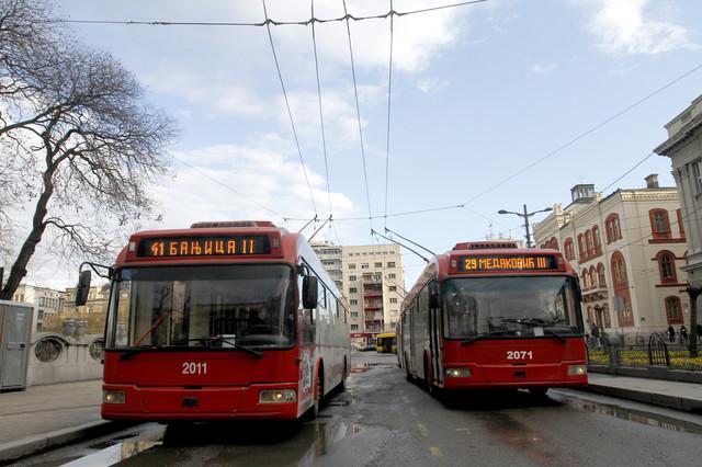 Trolejbus 41 ide do centra