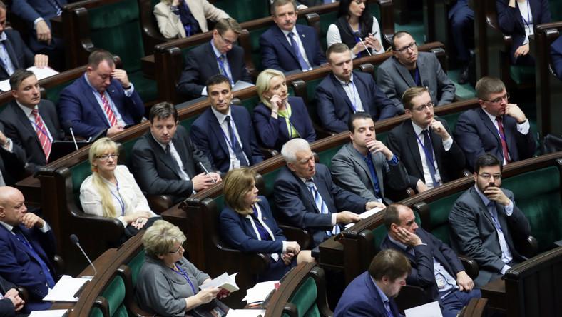 Nowi posłowie podczas wykładu w Sejmie