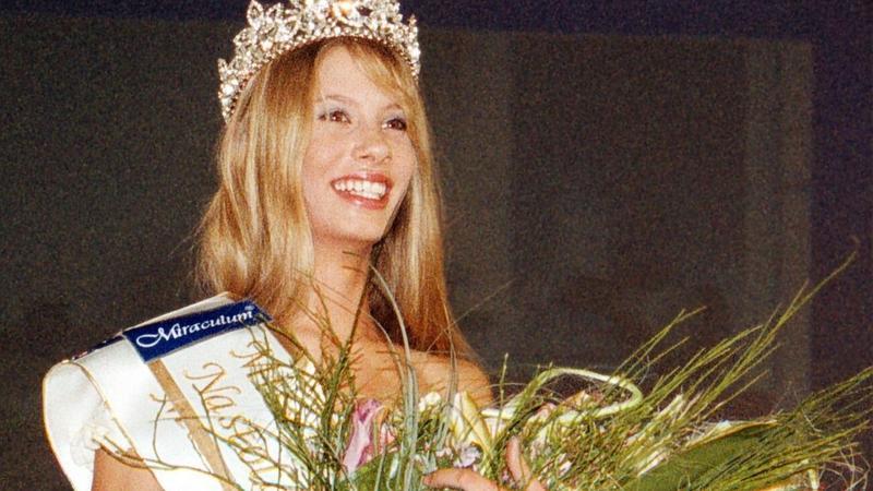 Julia Pietrucha w 2002 roku
