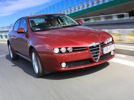 Używana Alfa Romeo 159 - kusi stylem, zniechęca problemami