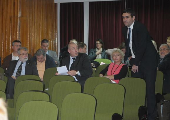 Naprednjaci tvrde da imaju većinu: Gradonačelnik Stevanović