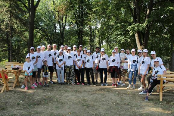 Osmesi, druženje i dobrobit za sugrađane: Sa jedne od akcija