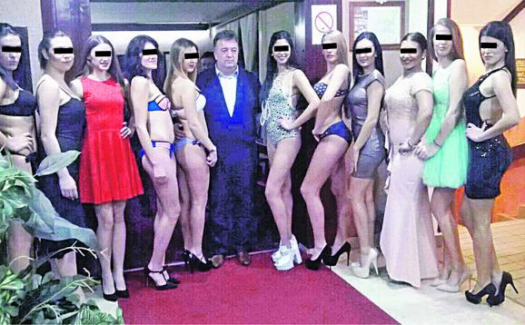 Milutin Jeličić Jutka na izboru za mis