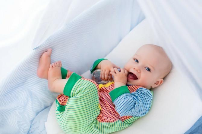 Ukoliko dajete bebi odmah nakon buđenje da sisa ili nešto da popije ili pojede možda je naučilo da oseti glad u određeno vreme