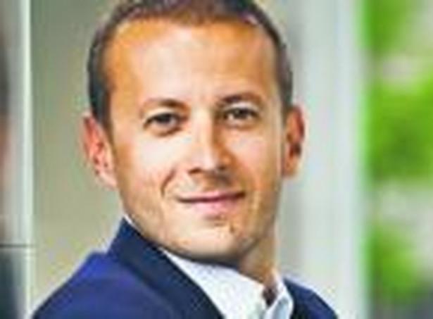 prof. Dominik Jan Gajewski, dr hab., stały współpracownik Katedry Prawa Finansowego i Administracyjnego SGH, ekspert ds. budowania strategii przeciwdziałaniu międzynarodowego unikania opodatkowania
