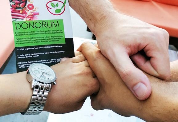 Donorum - veza između onih koji imaju previše i onih kojim nemaju nimalo