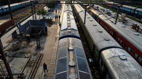 W Indiach debiutuje solarny pociąg
