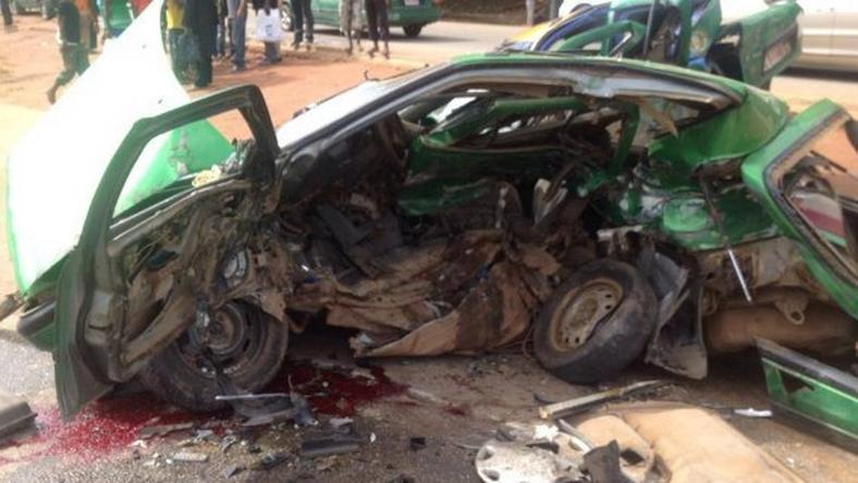 Mother, child, 13 others killed in Ekiti road tragedy (Illustration)