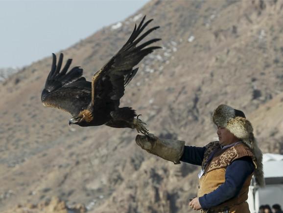 Lovačko takmičenje sa zlatnim orlovima