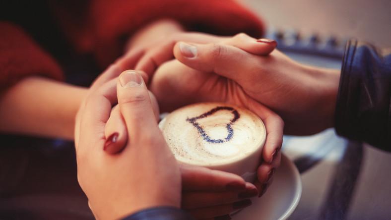 Zakochani przy kawie