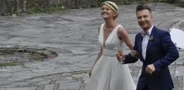Suknie ślubne żon Sztaby. Porównanie