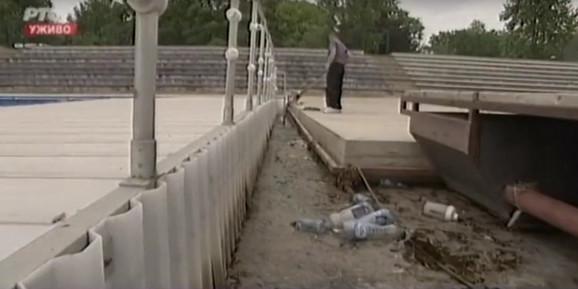 Mrtva riba pronađena u centralnom delu Ade Ciganlije