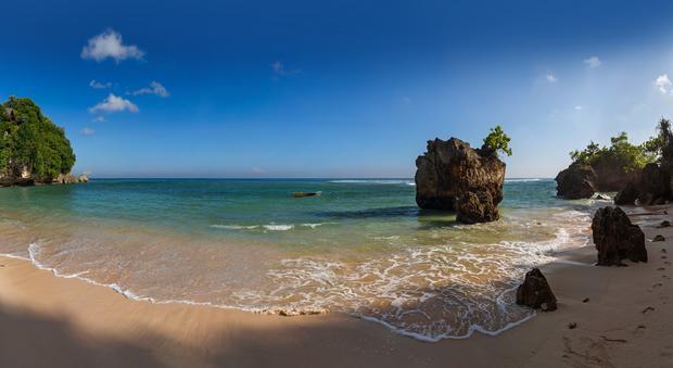 Plaża Padang Padang, Bali