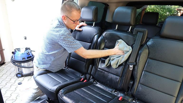 Wyczyść wnętrze auta jak zawodowiec
