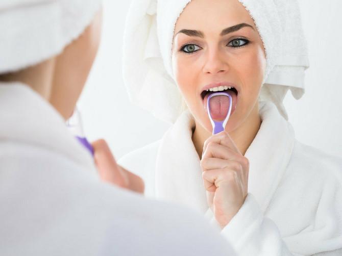 Ajurveda kaže da JEZIK treba čistiti svakog jutra: Štiti od upala grla, podstiče probavu, čisti organizam od nakupljenih toksina...