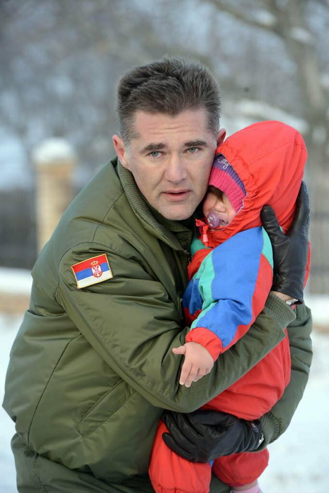 General Predrag Bandić u akciji spasavanja (FOTO: Goran Stanković / Vojska Srbije)