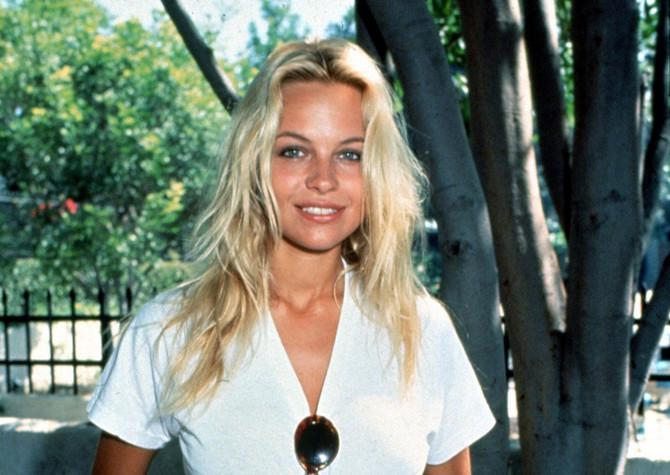 Mlada Pamela Anderson