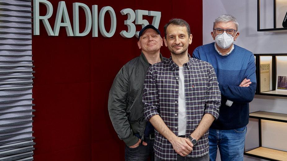 Polski Top Radia 357. Prowadzący audycję: Piotr Stelmach, Marcin Łukawski i Marek Niedźwiecki
