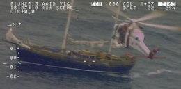 Woda wdarła się na jacht! Na pokładzie było 15 osób