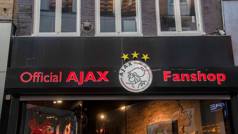 Ajax Amsterdam przetopi mistrzowskie trofeum na pamiątki dla kibiców