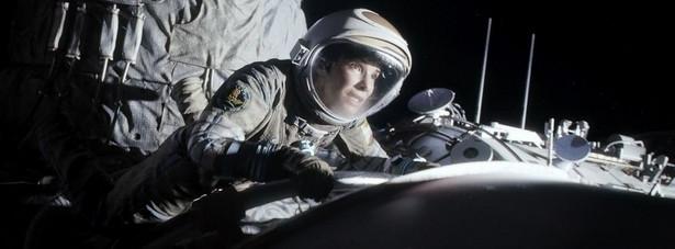 """""""Grawitacja"""" zdobyła Oscary w kategoriach: Najlepsze efekty specjalne Montaż dźwięku Dźwięk Zdjęcia Montaż Muzyka Reżyseria - Alfonso Cuarón"""
