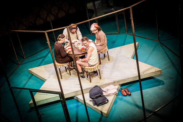 """""""Kompleks Portnoya"""" w Teatrze WARSawy, fot. Kasia Chmura"""