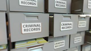 Statystycznie bezpieczni. Dzisiejsze przestępstwa są mniej widoczne i dla obywatela, i dla organów ścigania