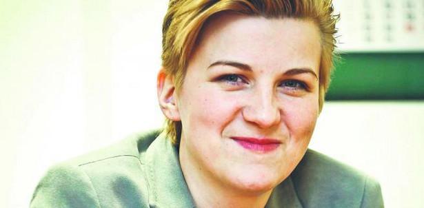 Agnieszka Jakubiec z departamentu realizacji dochodów Centrali ZUS