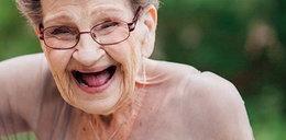 89-letnia babcia została druhną na ślubie. Zakasowała wszystkich