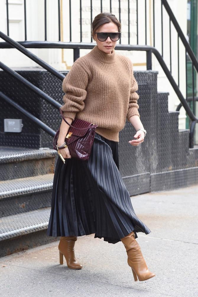 Žene obožavaju plisirane suknje