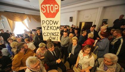 Prezydent Zdanowska podnosi czynsz. Mieszkańcy oburzeni