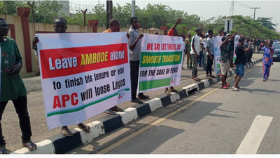 Protesters storm Lagos Assembly over Ambode's planned impeachment