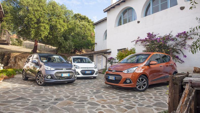 Hyundai ogłasza - w salonach sprzedaży debiutuje nowe wcielenie modelu i10. Producent opublikował cennik i specyfikację wyposażenia tego samochodu. Czym chce przekonać do siebie kierowców nad Wisłą? Rozmiarami oraz ilością miejsca. Druga generacja najmniejszego i najtańszego auta w rodzinie koreańskiej marki urosła…