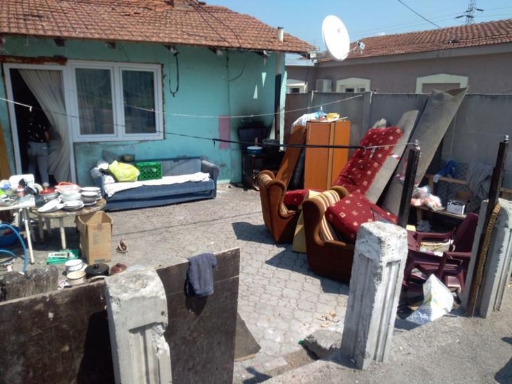 Dvorište Pavlovića u kojem se aktivirala kapisla - Foto N Božović