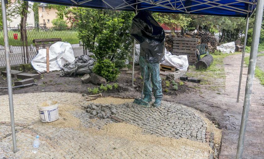 Pomnik bezdomnego stanął w Jaworznie
