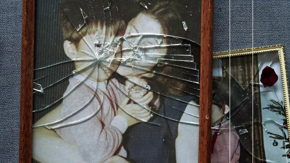 """""""Beze mnie jesteś nikim Przemoc w polskich domach"""" reporterska książka Jacka Hołuba"""