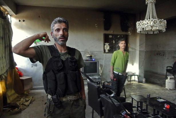 Opinie wobec interwencji zbrojnej w Syrii przebiegają w USA wzdłuż partyjnych podziałów. Świat jeszcze nie zdecydował, co mu się opłaca