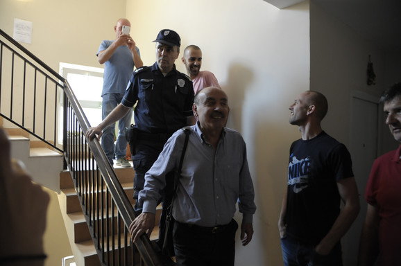 Izvršitelj u pratnji policije