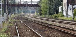 Nastolatek potrącony przez pociąg. Skład ciągnął go jeszcze przez kilkadziesiąt metrów