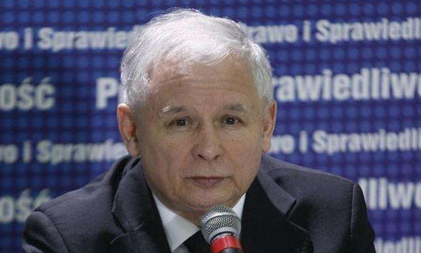 Kaczyński w prokuraturze. Będzie zeznawał przed kamerą