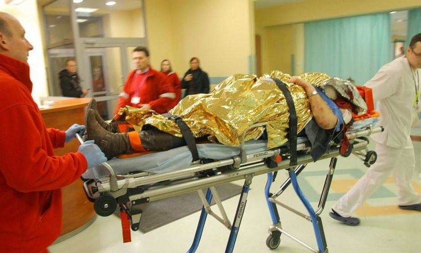 Ludzie mają zmiażdżone kości, rany głów, krwotoki