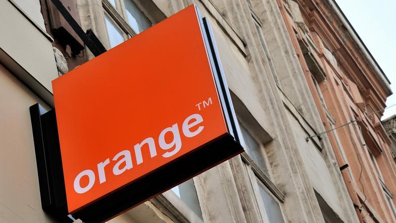 Awaria w Orange - użytkownicy zgłaszają problemy z internetem i siecią mobilną