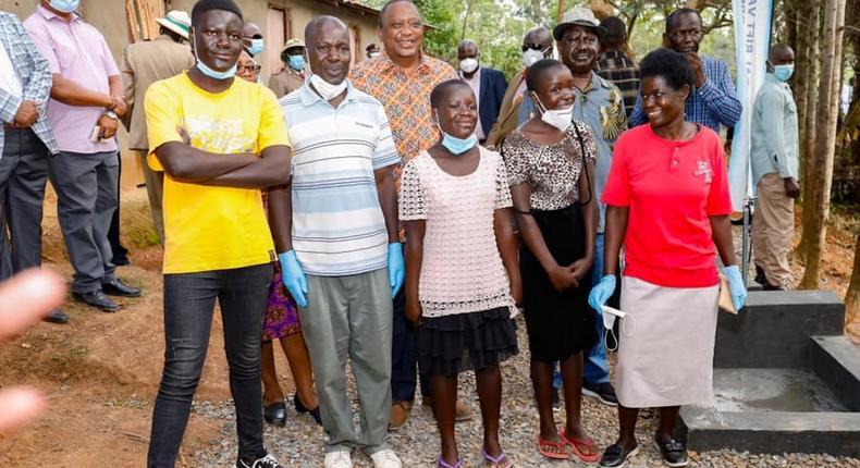 President Uhuru Kenyatta visited a family in Gem, Siaya county