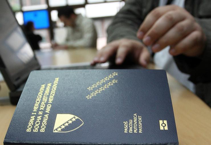 Slikovni rezultat za Bh. državljani u Ambasadi BiH u Sloveniji dali izjave o vrbovanju